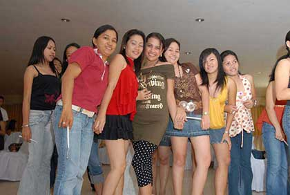 Single Philippine women seeking marriage to foreign men